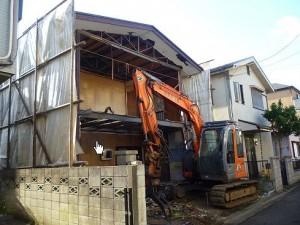 146.木造一軒家の解体工事を30坪85万円で承ります